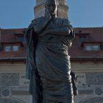 Statuia Ovidius